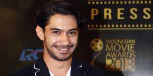 Reza Rahadian Raih 'Big Inspiration Awards' di IKCA 2017