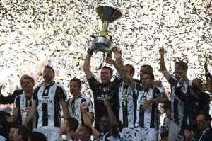 Raih Scudetto 2016-2017, Juventus Cetak Rekor