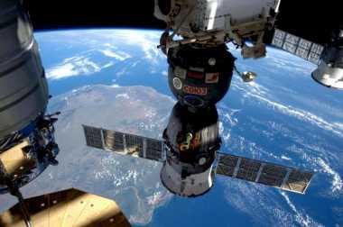 NASA Akan Kirim Dua Astronot untuk Perjalanan Darurat