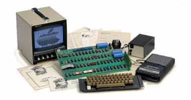 Komputer Lawas Apple-1 Terjual Rp1,7 Miliar