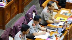 Kapolri Beberkan Cara Mengusut Kasus Novel di Depan Komisi III DPR