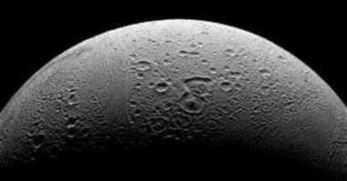 TOP TECHNO: Enceladus, Bulan Milik Saturnus Dukung Kehidupan Mikroba