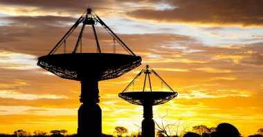 TOP TECHNO: Gelombang Radio Misterius Ditemukan Berkat Teleskop Ini