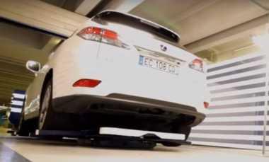 Begini Cara Robot Memarkir Mobil di Bandara Prancis