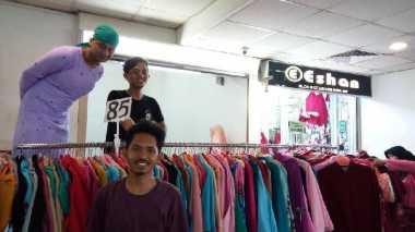 \Bom Kampung Melayu, Pedagang di Pasar Tanah Abang: Takut, tapi Harus Tetap Jualan\