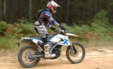 Tips Mengendarai Motor Trail bagi Pemula ala Bupati Lahat