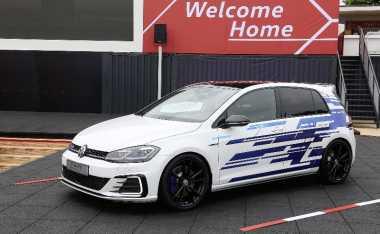 VW Perkenalkan Konsep Golf GTE Performance Bertenaga 268 Hp