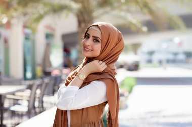 Tips biar Kepala Tetap Adem Memakai Hijab saat Berpuasa