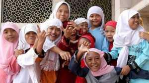 Anak Lemas di Hari Puasa Bikin Ibu Sedih, Yuk Semangati si Kecil agar Tetap Ceria
