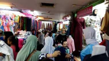 \Awal Ramadan, Omzet Pedagang Pasar Tanah Abang Rp500 Juta/Hari\