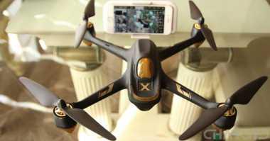 Jajaran Drone yang Bisa Dikendalikan dengan Smartphone (1)
