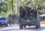 Kunjungi Tentara, Duterte Sampaikan Ancaman untuk Militan di Marawi