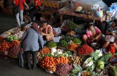 \Awal Ramadan, Cabai Rawit Merah Dijual Rp65.370/Kg\