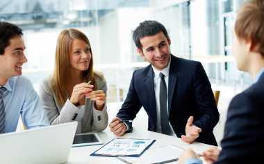 \Simak 8 Tips Tetap Produktif meski Sibuk Meeting\