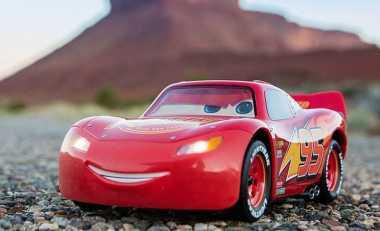 Perusahaan Robot 'Hidupkan' Tokoh Animasi Lightning McQueen