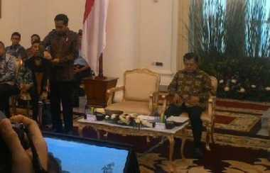 \Persiapan Lebaran, Jokowi: Stok BBM hingga Bahan Pokok Harus Dikontrol!\
