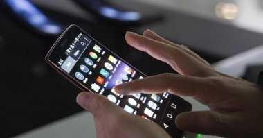 TOP TECHNO: Trik Mempercepat Ponsel yang Lemot