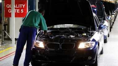 Produksi 4 Model Mobil BMW Ini Terganggu karena Pasokan Komponen Terhambat