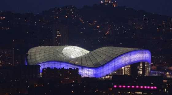 10 Stadion Sepakbola Eropa dengan Desain Arsitektur Menawan