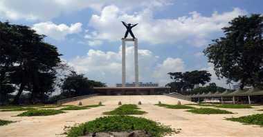 \Ditargetkan Selesai 2017, Revitalisasi Lapangan Banteng Malah Molor 2 Tahun\