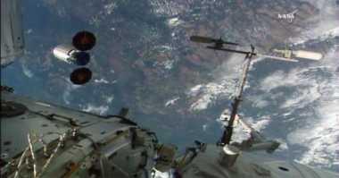 TOP TECHNO: Kehidupan Asing di Luar Bumi dalam Penjelasan Alquran dan Sains