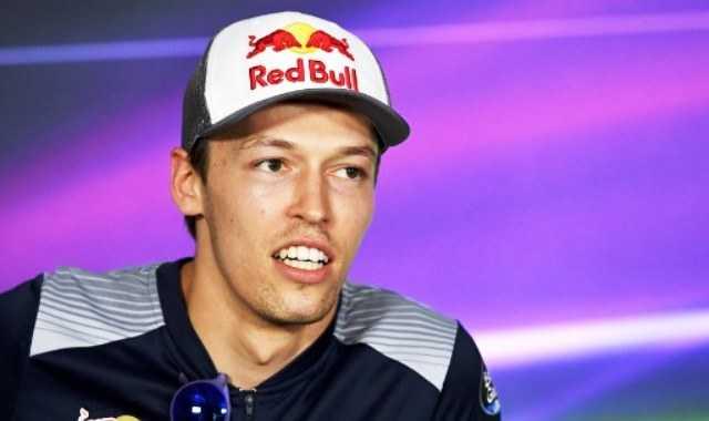 Dituduh Curang oleh Sainz di GP Kanada, Kvyat Gusar