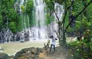 UNCOVER INDONESIA: <i>Yuk</i>, Main Air di Curup Maung Lahat yang Sempat Mendunia