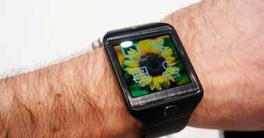 Cara Hemat Baterai Smartwatch Android Saat Mudik