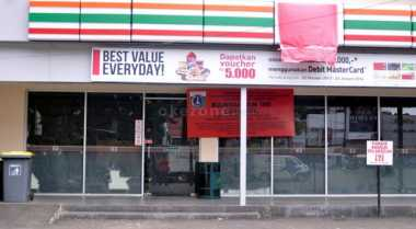 \BUSINESS HITS: Selamat Tinggal 7-Eleven!\