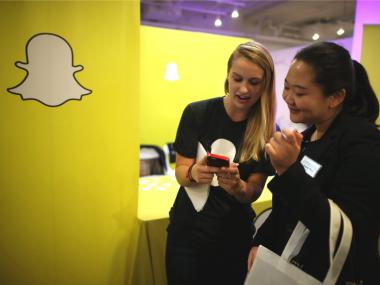 Polisi Inggris Protes Fitur Baru Penguntit Teman Milik Snapchat