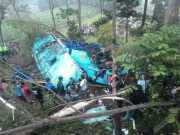Polisi Akan Lakukan Olah TKP Bus Jurusan Jakarta-Yogyakarta yang Masuk Jurang