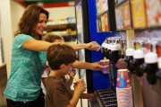 Ini Minuman yang Pasti Kamu <i>Kangenin</i> saat <i>Nongkrong</i> di 7-Eleven