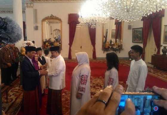 Jokowi Lebaran Pertama di Jakarta, Istana Negara 'Dibanjiri' Pejabat hingga Masyarakat