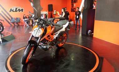 KTM 390 Duke untuk Indonesia Sudah Ganti Software