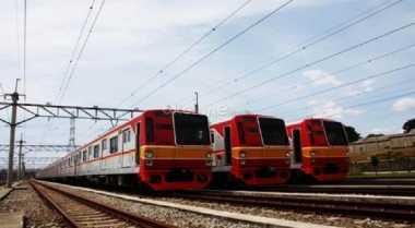 \Lebaran Hari Pertama, 500 ribu Orang Gunakan Kereta Commuter\