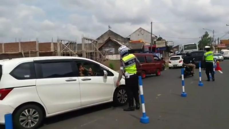 Atasi Kepadatan Arus Balik, Kendaraan dari Ciamis Dialihkan ke Tasikmalaya via Garut