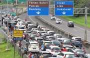 Hari Ke-5 Lebaran, Truk Masih Dilarang Melintas di Jalur Puncak