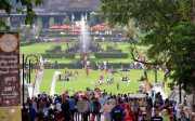 OBAMA MUDIK: Obama Sambangi Bogor, Pengunjung Tetap Bisa Nikmati Liburan di Kebon Raya