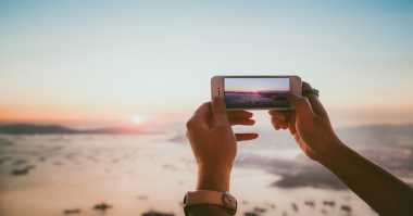 Techno Trick: Lakukan Ini Agar Liburan Anda Maksimal Tanpa Terganggu Gadget & Notifikasi