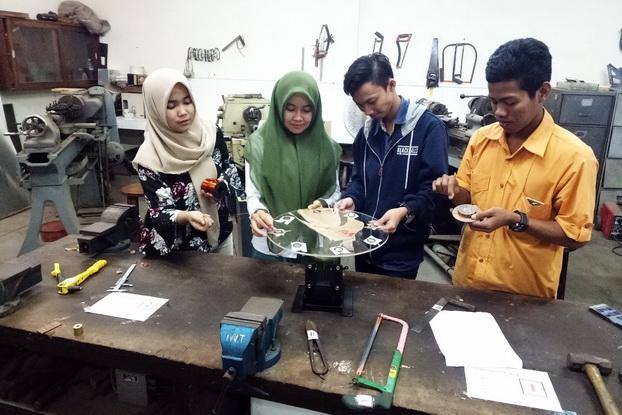 Keren! Mahasiswa Ciptakan Pembangkit Listrik Tanpa Energi