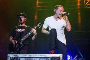 Chester Bennington Bunuh Diri Beberapa Jam Pasca Linkin Park Rilis Video Klip Baru