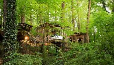 \Rumah Pohon Ini Paling Diburu di Airbnb, Tarif Sewanya Rp4,9 Juta/Malam\