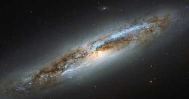 Hebat! Astronom Pecahkan Misteri Sinyal Aneh di Luar Angkasa