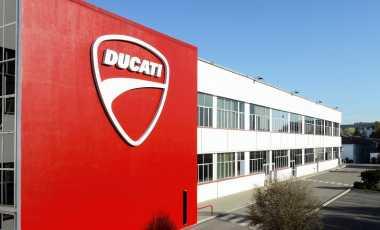 """TOP AUTOS OF THE WEEK: Sejumlah Perusahaan Tertarik """"Curi"""" Ducati dari Volkswagen"""