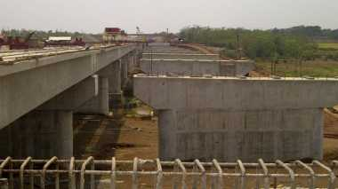 \Dimulai 6 Bulan Lalu, Proyek Jalan Tol Pekanbaru-Dumai Sudah 47%   \