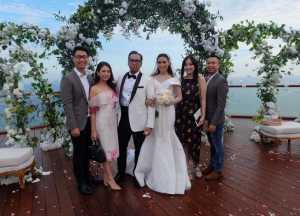 FOTO: Intip Indahnya Pernikahan Sammy Simorangkir dan Viviane Tjeuw