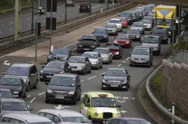 Susul Prancis, Inggris Bakal Larang Penjualan Mobil Bensin & Diesel