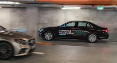 Keren! Mobil Mercy Bisa Cari Lahan & Parkir Sendiri Tanpa Dikendarai
