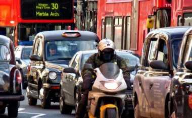 Mobil Bensin & Solar Akan Dilarang, Bagaimana dengan Motor?