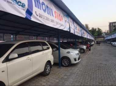 Imbas Tahun Ajaran Baru, Pasar Mobil Bekas Lesu